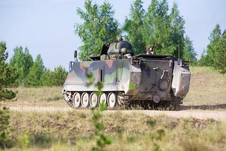 batallon: A la espera de transporte de tropas M113 ordena a participar