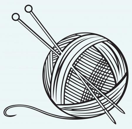 Pelote de laine et aiguilles isolé sur fond bleu