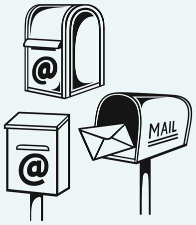 buzon de correos: Buz�n abierto con letras aisladas sobre fondo azul