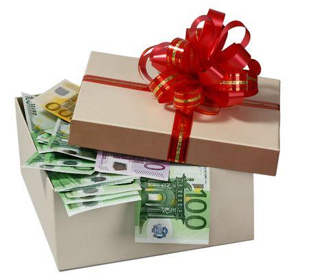 dinero euros: Una caja con dinero.