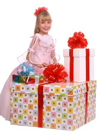three gift boxes: Chica y tres cajas de regalo. Aislados.