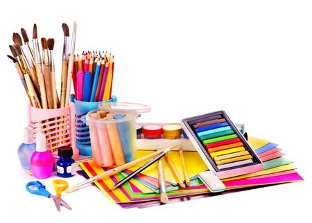 utiles escolares: Fuentes de regreso a la escuela. Aislado. Foto de archivo