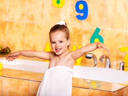 Child washing in bubble bath . Stock Photo - 9898544