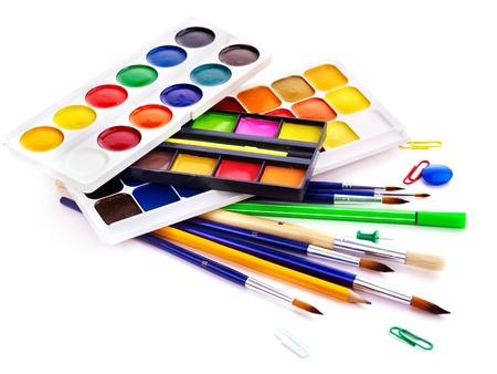 teaching crayons: Scuola d'arte di consumo. Isolato.