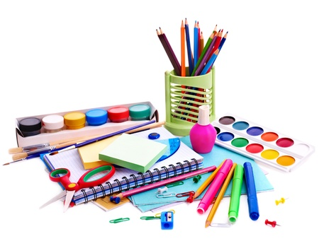 convivencia escolar: Material de papelería escolar. Aislado.