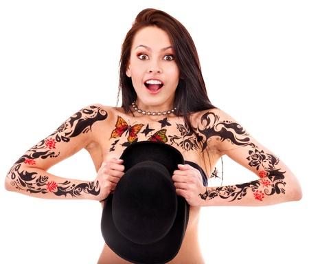 sexy tattoo: Mujer joven con el arte del cuerpo. Aislado.