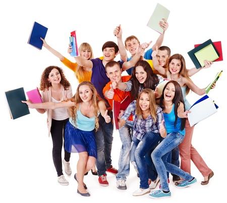 by passes: Grupo de estudiantes con el bloc de notas aisladas.