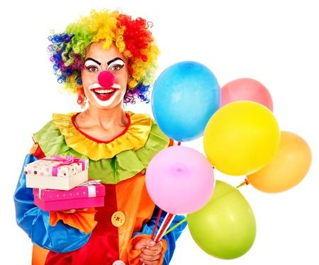 clown cirque: Portrait de clown avec ballon. Isol�.