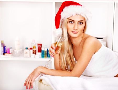 massage oil: Femme obtenant le massage de No�l spa.
