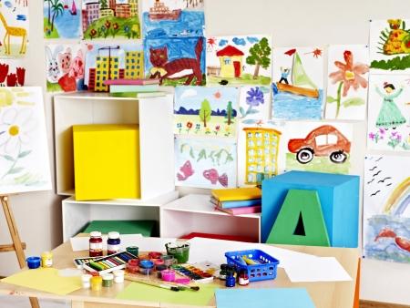 kinder: Interior de la sala de clase en la escuela. Nadie.