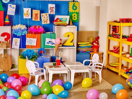 sala de juegos: Interior of game room in preschool  kindergarten.