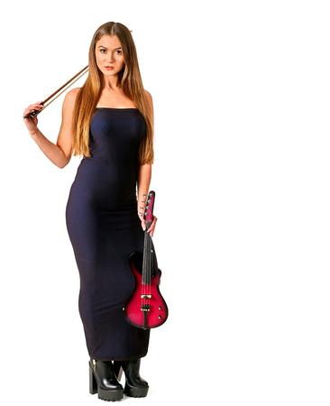 violinista: M�sica violinista artistas chica de pelo largo. Aislado. Foto de archivo