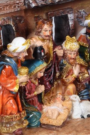 Pesebre. Pesebre con la Sagrada Familia y Jes�s en el pesebre. Foto de archivo - 11742506