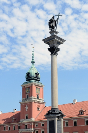 View of Sigmund s Column and Royal Castle in Warsaw, Poland