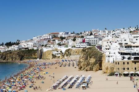 The beach in Albufeira, Algarve, Portugal  Stock Photo - 21843966