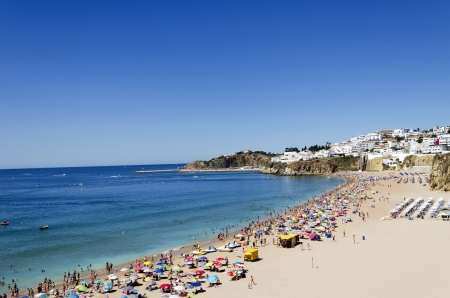 The beach in Albufeira, Algarve, Portugal  Stock Photo - 21843968