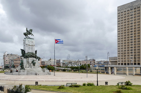 gomez: Statue of the General Maximo Gomez on the Malecon on 29 November 2015 in Havana, Cuba. General Maximo Gomez is a Cuban national hero.