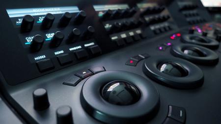 Telecine kleurcorrectieregeling voor filmregisseur bewerken of kleur aanpassen op digitale videofilm in postproductiefase.