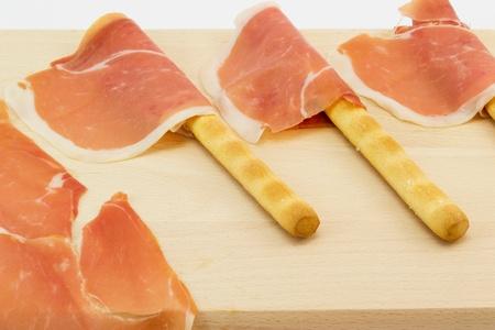breadsticks: Jam�n y palitos de pan grisines