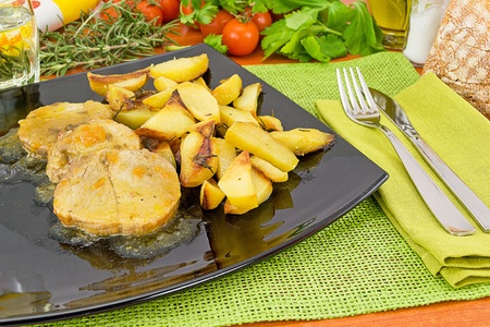 cattle grid: pork loin in sauce with potatoes