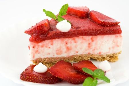 cheesecake with yogurt and strawberries  Foto de archivo