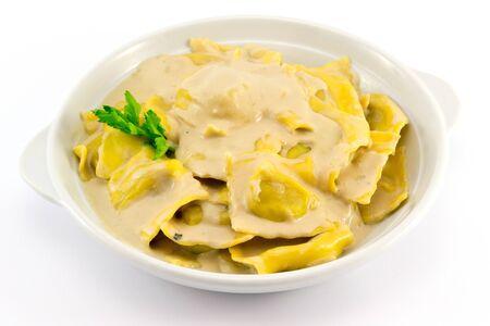 ravioli gevuld met paddenstoelen