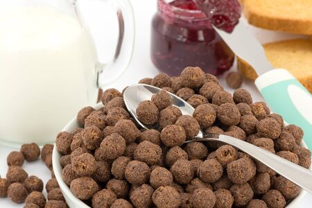 chocolate cereal: milk and chocolate cereal, breakfast  Stock Photo