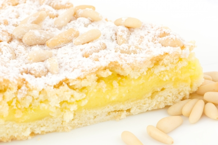pine nuts: Grandma s cake, with cream and pine nuts