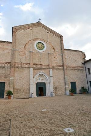 strives: Cathedral of Santa Maria Assunta-Pesaro