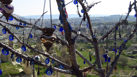 Panorama of Fairy Chimneys at Göreme, Cappadocia With Evil Eye Tree Stockfoto