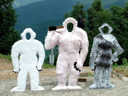 Photo of dummies of the yeti about a cable car