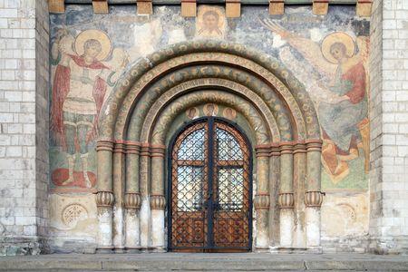 pentimento: L'ingresso principale nella cattedrale Archivio Fotografico
