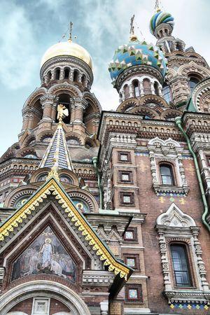 大聖堂と空