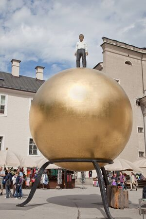 mozart: Sphere. Marble of Mozart