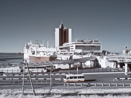 selectivity: Marine port