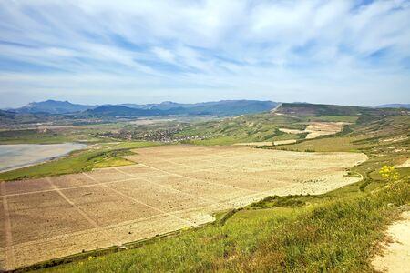 subtropics: Vista da una montagna di Uzun-syrt