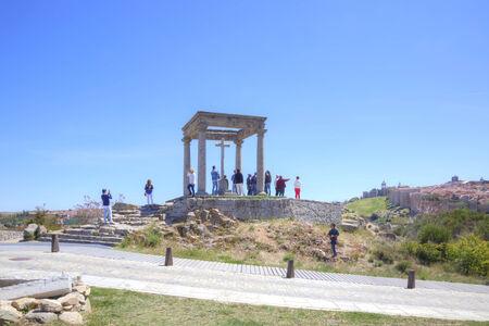 observational: ESPA�A, AVILA - mayo 03,2014: Capilla medieval, un lugar donde fue capturado Santa Teresa Editorial