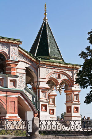 sights of moscow: RUSSIA, MOSCOW - September 16.2014: Fragment of facade of temple of Vasiliy Beatific. Porch Editorial