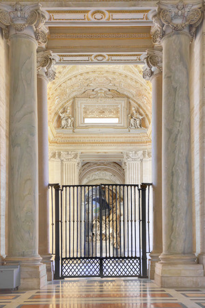 inwardly: EUROPE, VATICAN - May 02.2012: In the temple of Saint Peter in Vatican. Interior