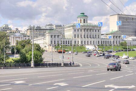 sights of moscow: Move out from the Bolshoy Kamenny Bridge on Borovitskaya Square Stock Photo