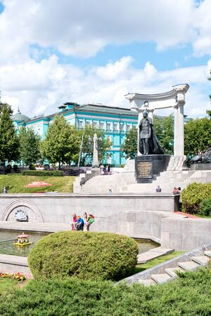 the liberator: MOSCOW, RUSSIA - July 22.2015: The territory of the park next to the Cathedral of Christ the Savior. The monument to Emperor Alexander II Liberator