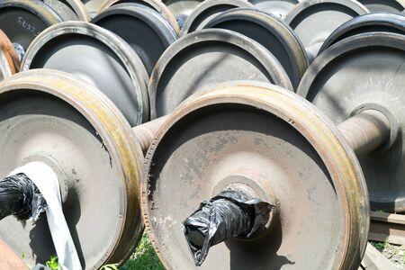 serviceable: Wheelpairs on storage in a railway depot