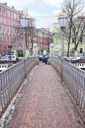 the 19th century: Ancient Bridge of Four Lions across the Griboyedov Canal in historical part of city. Built in the 19th century