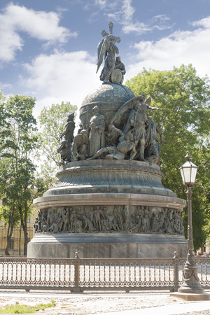 """Monument to the """"Millennium of Russia"""" - a monument erected in Veliky Novgorod in 1862 in honor of the thousandth anniversary of the legendary vocation of the Varangians in Russia Zdjęcie Seryjne - 122642508"""