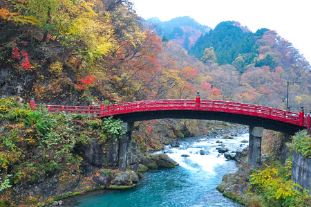 Landscape picture of Shinkyo Bridge with colorful leaves in autumn at Nikko, Tochigi, Japan Zdjęcie Seryjne