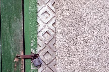 Old grungy wooden door texture Stock Photo - 22147007