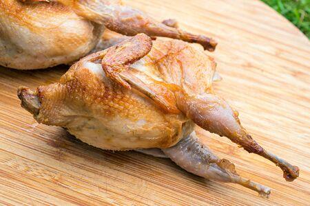 kuropatwa: Pieczone przepiórki Partridge
