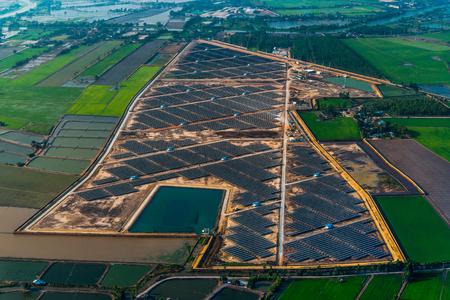 solar farm: Sai Yai Solar Panels in Nakorn Phatorn Solar Farm