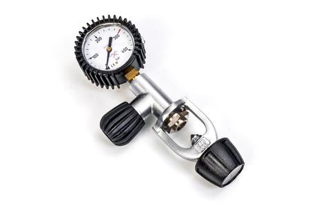 regulator: Pressure gauge scuba gas regulator