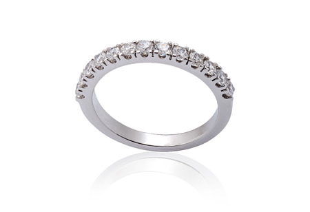 White Gold Engagement Rings with Diamonds on white background Banque d'images